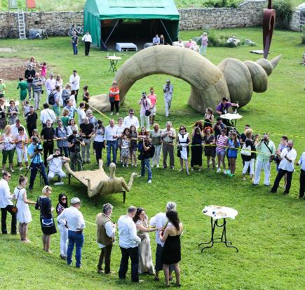EB_Inauguration_Arkhai_Sculpture_Park_Vlaha_Transylvania_2014_1