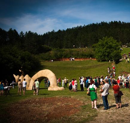 EB_Inauguration_Arkhai_Sculpture_Park_Vlaha_Transylvania_2014_5